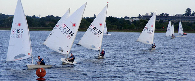 laser sailing at island barn reservoir sailing club