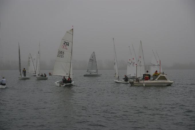 Misty Pursuit Sailing (c)Jim Champ 4351