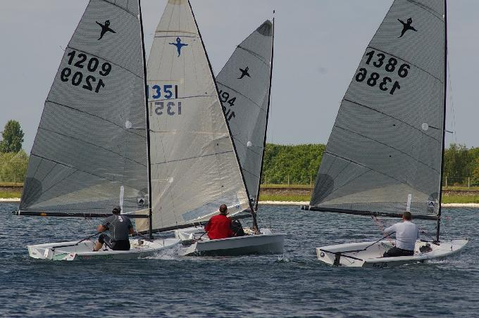 Close racing in gusty conditions at the IBRSC Phantom Open 2013.JPG