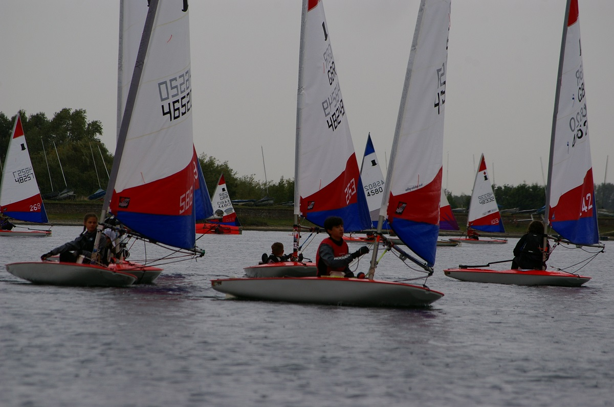 Racing at the 2018 Topper Open