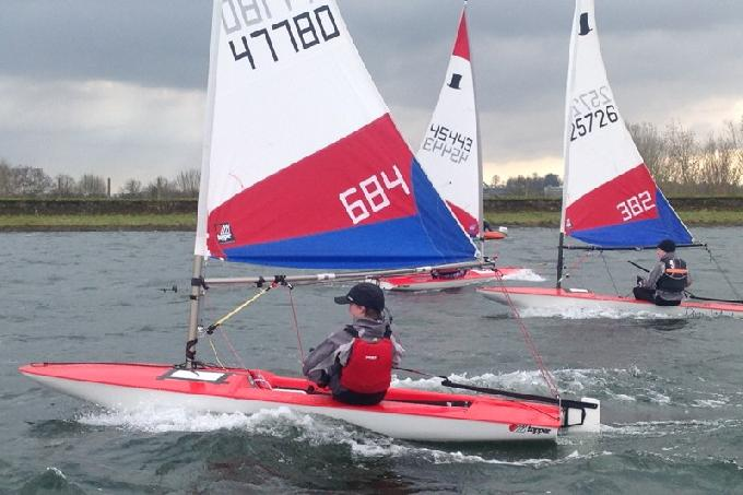 Aaron Evans from Silver Wing SC 1st non Squad Sailing at the Island Barn Reservoir Topper Winter Open - photo (c) Tessa Groves