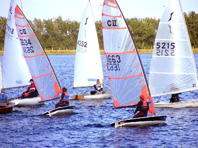 Wednesday Evening Slow Fleet at Island Barn Reservoir Sailing Club
