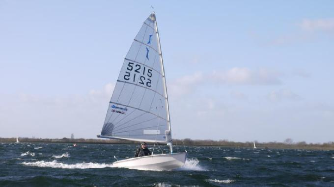 sailing_in_strong_gusts-0012_(c)James_Curtis