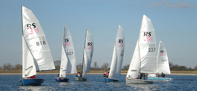 RS200 Training at Island Barn Reservoir Sailing Club