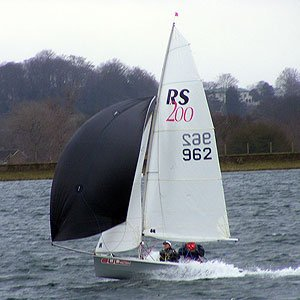 RS 200 dinghy hire at island barn reservoir sailing club