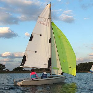 RS Vision dinghy hire at island barn reservoir sailing club
