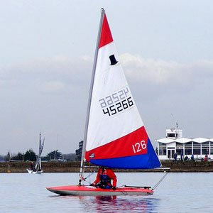 Topper dinghy hire at island barn reservoir sailing club