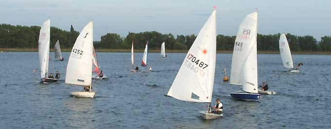 Wednesday Evening Sailing At Island Barn Reservoir Sailing Club