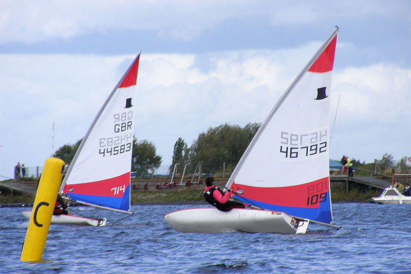 027-topper-open-island-barn-reservoir-sailing-club_(c)Nick_Marley
