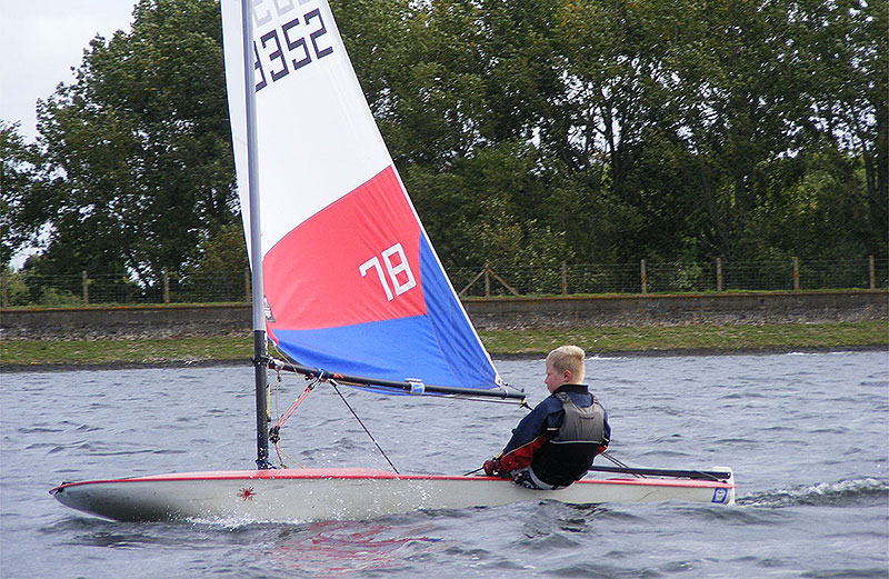 045-topper-open-island-barn-reservoir-sailing-club_(c)Nick_Marley