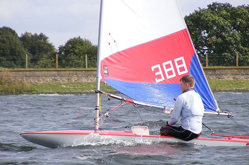 055-topper-open-island-barn-reservoir-sailing-club_(c)Nick_Marley